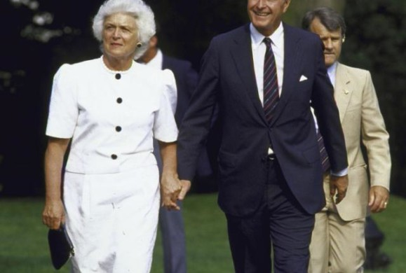 Breaking: US Former First Lady Barbara Bush is dead at 92, She's wife Of former President George H.W. Bush, Sr