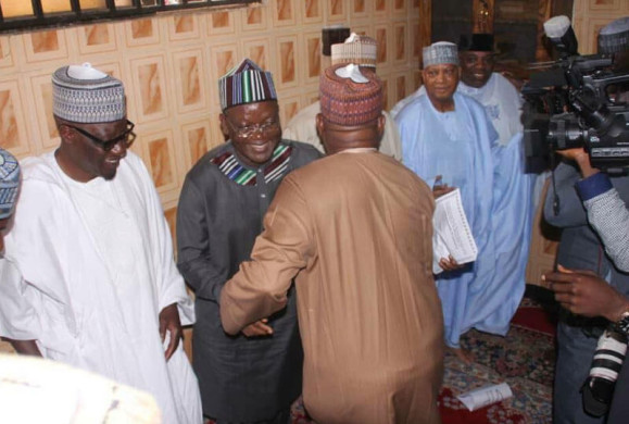 Breaking: Defection fever, Saraki gradually being forced out of the APC; Saraki, Tambuwal, Ortom, Ahmed Meet PDP Leaders in Ilorin, Kwara State