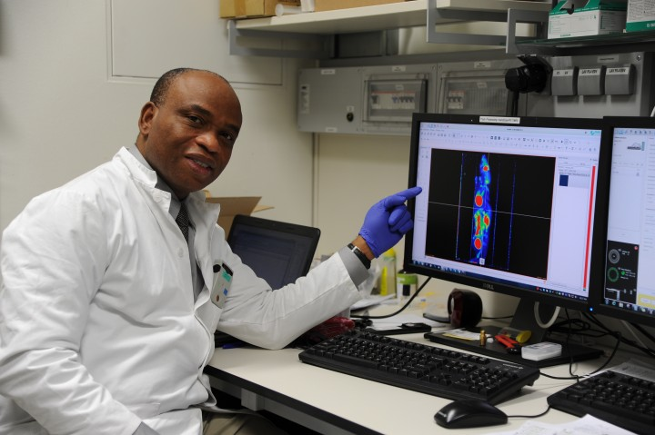 Academician-Dr-Philip-Njemanze-looking-and-PET-image-of-experimental-mice-720x4791